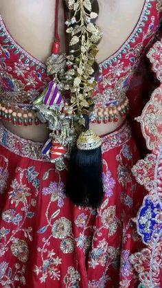 Royal Indian Wedding, Indian Wedding Photos, Indian Bridal Hairstyles, Beautiful Flowers Wallpapers, Indian Bridal Makeup, Indie Fashion, Bridal Sets, Indian Art, Indian Dresses