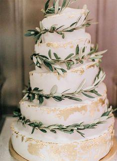 30 Silver Sage Green Wedding Color Ideas for 2020 - Bruidstaart Beautiful Wedding Cakes, Elegant Wedding, Perfect Wedding, Dream Wedding, Wedding Day, Budget Wedding, Rustic Wedding, Extravagant Wedding Cakes, Wedding Greenery