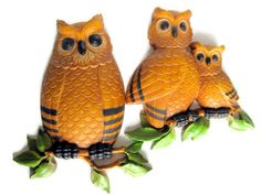 Owl Wall Hanging Homco Vintage Kitsch Home Decor 1970's Cottage Chic. $20.00, via Etsy.