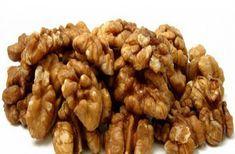 Τα καρύδια αποτελούν ένα από τα πιο δημοφιλή είδη ξηρών καρπών στη χώρα μας. Ξηρός καρπός που... Walnut Benefits, Dog Food Recipes, Healthy Recipes, Fruit And Veg, Superfoods, Health Tips, Almond, Beauty Hacks, Health