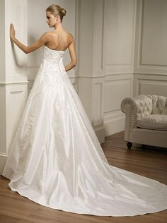 Discount wedding dress  pictures | cheap wedding dresses