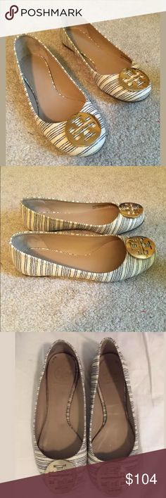 Tory Burch blue/white piano stripe Reva flats 8.5 Nice preloved, only item to note is that the footbeds have come a bit loose, other than that, very nice. No box no bag. NO NEGOTIATIONS NO TRADES. Tory Burch Shoes Flats & Loafers