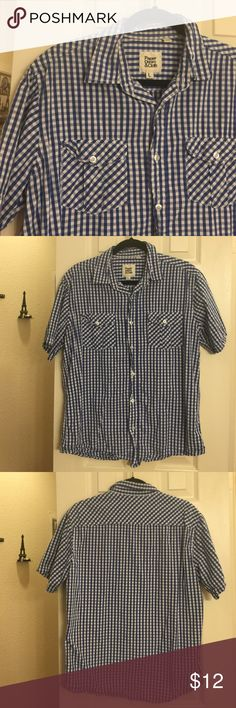 Men's casual checkered shirt In excellent condition. Probably more for a gentleman of short stature. Not for a tall guy. Says size large. Blue and white paper denim and cloth shirt. paper denim & cloth Shirts Casual Button Down Shirts