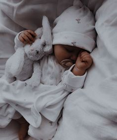 Cute Little Baby, Lil Baby, Cute Baby Girl, Little Babies, Cute Babies, Baby Kids, Baby Boy, Toddler Twins, Baby Tumblr