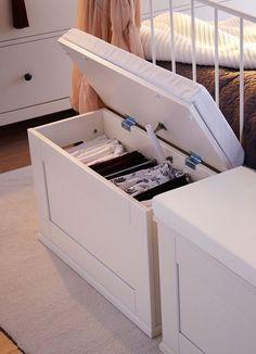 Baúl blanco para el dormitorio #almacenaje