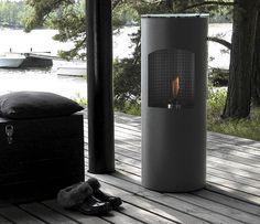 Stylish outdoor fire place by Finnish designer Ristomatti Ratia | Kotipesä, suunnittelijana Ristomatti Ratia, 595, MeTrade.