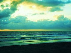 http://oceansider.hubpages.com/hub/Beauty-on-the-Coast