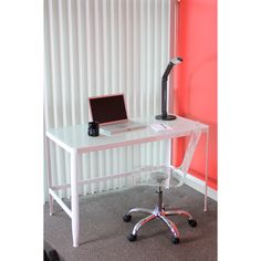 This white retro table has a tempered glass top, metal frame, and is made for easy set up, breakdown and storage. Enjoy the simple elegance of this white retro design as a desk while you work or as a drafting table.