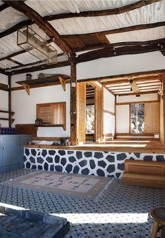 studio_GAON renovates korean house to transcend time, memories and places
