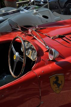 Ferrari - http://richieast.com/