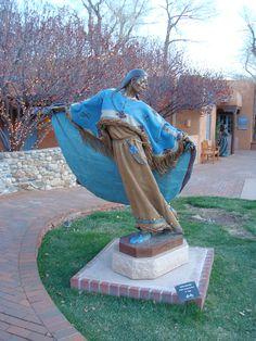 Bronze Sculpture, Canyon Road, Santa Fe, NM.