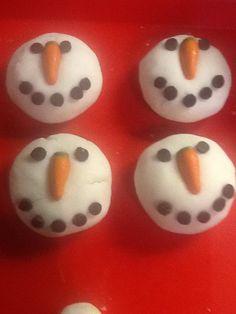 snowmen bath bombs