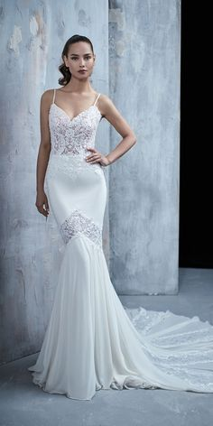 Maison Signore wedding dresses designed for every bride who wants to feel like a real diva. See these gowns with dreamy silhouettes and elegant details! Wedding Dresses 2018, Designer Wedding Dresses, Bridal Dresses, Bridesmaid Dresses, Formal Dresses, Yes To The Dress, Bridal Looks, Beautiful Bride, Wedding Ideas