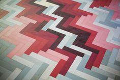 Different coloured flooring tiles? Gradients towards key aspects? Brick Flooring, Rubber Flooring, Flooring Tiles, Floor Design, Tile Design, Floor Rugs, Tile Floor, Wood Floor, Herringbone Tile Pattern