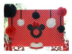 Minnie Mouse Party Dessert Table #minniemouse #desserttable