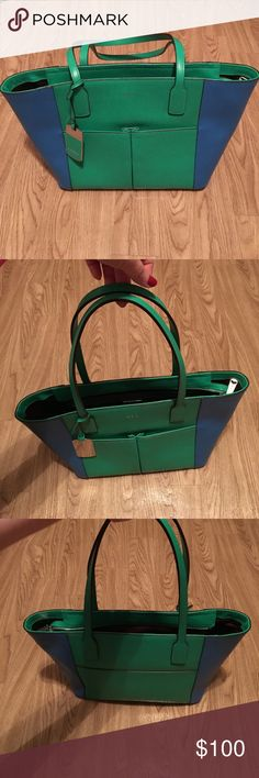 🎉SALE🎉 Ralph Lauren Tote Bag Ralph Lauren green and blue pocketbook in like new condition. Has two pockets on the front, a zipper pocket on the back inside, a snap closer pocket on the front inside with two pockets attached to the front of the snap closer pocket. Lauren Ralph Lauren Bags Totes