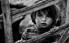 40 Stunning Examples of Black and White Portrait Photography / of 41 Photos People Photography, Image Photography, Fine Art Photography, Portrait Photography, Black And White Portraits, Black And White Photography, Black White, Innocent Child, My Point Of View