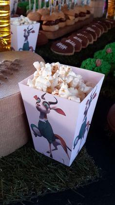 Bokkie Popcorn Box Birthday Popcorn, Sports Themed Birthday Party, Sports Party, 4th Birthday, Birthday Ideas, Birthday Parties, Party Packs, Childrens Party, Rugby