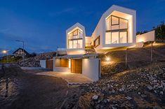 V-ház, Üröm Commercial Architecture, Architecture Office, Cabin Design, Roof Design, Minimalist Bedroom, Minimalist Home, Magazine Deco, Boutique Deco, Weekend House