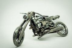 Motocicleta del arte del metal