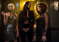 Jessica Lucas, Erin Richards, and Camren Bicondova in Gotham Gotham Series, Gotham Cast, Gotham Tv, Gotham Girls, Morena Baccarin Gotham, Sirens Tv, Gotham Season 4, Gotham Academy, Bruce And Selina