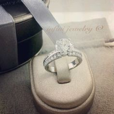 1.20 carats solitaire diamond ring