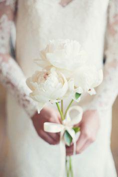 Simple peony bouquet: http://www.stylemepretty.com/little-black-book-blog/2014/05/12/emerald-mint-peach-wedding-inspiration/ | Photography: Peaches & Mint - http://peachesandmint.com/