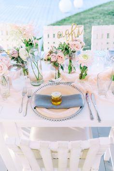 Pink, gold and grey al fresco table decor: Photography: Elias Kordelakos - eliaskordelakos.com Read More on SMP: http://www.stylemepretty.com/destination-weddings/2016/10/19//