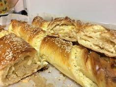 Pita Recipes, Cookbook Recipes, Greek Recipes, Snack Recipes, Cooking Recipes, Pizza Pastry, Greek Pita, Brunch, Greek Cooking