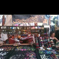 Todos los días mercadillo Hippy en Kumharas www.Kumharas.com