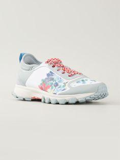http://www.farfetch.com/mx/shopping/women/adidas-by-stella-mccartney-adizero-xt-trianers-item-10983449.aspx?storeid=9178
