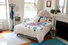 Urban Outfitters bedroom.