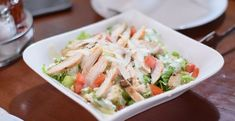 Chicken Salad Recipe Easy and Healthy Recipe] - Fam Fits Salada Ceasar, Benefits Of Chicken, Eat Fat, Chicken Salad Recipes, Eating Habits, No Cook Meals, Fett, Food Photo, Healthy Dinner Recipes