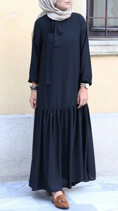 Abaya Fashion, Muslim Fashion, Modest Fashion, Skirt Fashion, Fashion Dresses, Hijab Outfit, Bluse Outfit, Hijab Style Dress, Abaya Mode