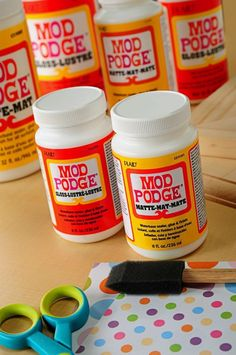 Guide to Mod Podge- describes the different formulations of mod podge (yes more than one!) and how best to use them.