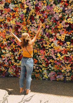 New plants flowers photoshoot ideas My Flower, Wild Flowers, Beautiful Flowers, Flower Wall, Wall Of Flowers, Images Of Flowers, Flower Colors, Happy Flowers, Beautiful Wall