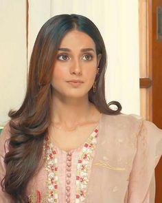 Beautiful Indian Actress, Beautiful Actresses, Khuda Aur Mohabbat, Pakistani Actress, Pakistani Dramas, Iqra Aziz, Lehnga Dress, Desi Clothes, Pakistani Outfits