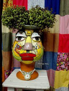 027 by Solange Piffer Mosaic Planters, Mosaic Garden Art, Mosaic Flower Pots, Head Planters, Pebble Mosaic, Mosaic Wall, Mosaic Glass, Mosaic Art Projects, Mosaic Crafts