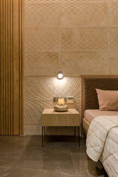 Tile Bedroom, Bedroom Bed Design, Bedroom Furniture Design, Modern Bedroom Design, Home Room Design, Home Decor Furniture, Home Interior Design, Bed Headboard Design, Bedroom Interiors