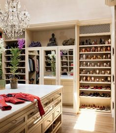 Gisele's master closet | Oh ok, I'll take a closet like Gisele's | Sure