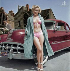 Marilyn Monroe looks hot in he. is listed (or ranked) 1 on the list The Hottest Marilyn Monroe Bikini Pictures Fotos Marilyn Monroe, Marylin Monroe Style, Marilyn Monroe Movies, Marilyn Monroe Poster, Norma Jean Marilyn Monroe, Glamour, Norma Jeane, Celebs, Celebrities