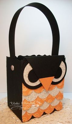 Stampin' Up!  Tasteful Trim  Vicki Burdick  Owl Treat Box