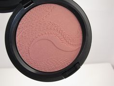 MAC Year of the Snake Beauty Powder