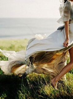 Windswept   (Source: simplyjustthegirlnextdoor, via specksofglitterandgold)