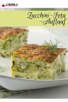 A delicious casserole dish layer by layer! The ZUCCHINI FETA Casserole . - A delicious casserole dish layer by layer! The ZUCCHINI FETA Casserole is wonderfully easy to prepa - Easy Dinner Recipes, Easy Meals, Low Carb Recipes, Healthy Recipes, Cooking Dishes, Tzatziki, Casserole Recipes, Food Inspiration, Food Porn