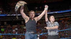 Dean Ambrose vs. Erick Rowan: Fotos
