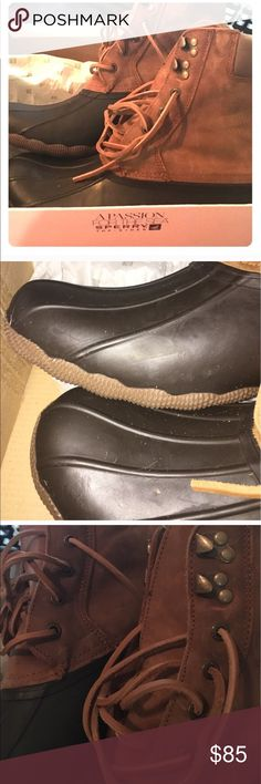 Sperry Duck Boots Size 10. Box is just for display Sperry Top-Sider Shoes Winter & Rain Boots