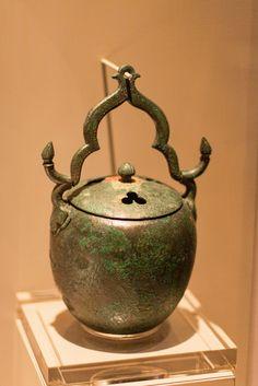 https://flic.kr/p/LsQpCU   향로 : Incense Burner   고려 11-12세기에 만들어진 청동향로. 단출하지만…