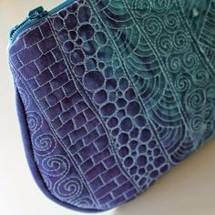 Jana Dohnalová hand dyed and free motion quilted
