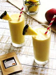 A Pineapple Mango Anti-Inflammatory Smoothie combines the tropical flavors of coconut, pineapple, and mango.  Papaya seed powder and turmeric add a powerful anti-inflammatory component to this fruity drink.